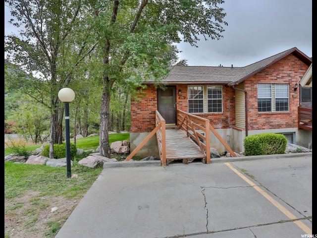 Condominio por un Venta en 1701 E 1470 S 1701 E 1470 S Unit: 13E Ogden, Utah 84404 Estados Unidos