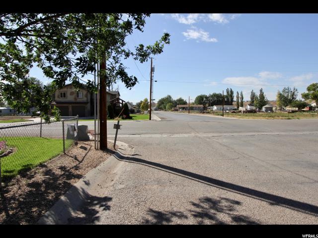Additional photo for property listing at 701 S 200 E 701 S 200 E Roosevelt, Utah 84066 United States