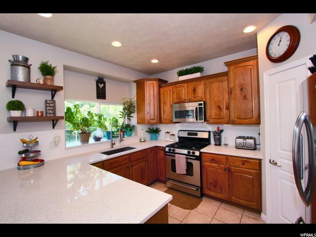 Additional photo for property listing at 6433 S UINTAH PEAK Drive 6433 S UINTAH PEAK Drive Taylorsville, Utah 84129 États-Unis