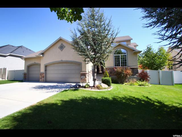 Single Family للـ Sale في 6433 S UINTAH PEAK Drive 6433 S UINTAH PEAK Drive Taylorsville, Utah 84129 United States