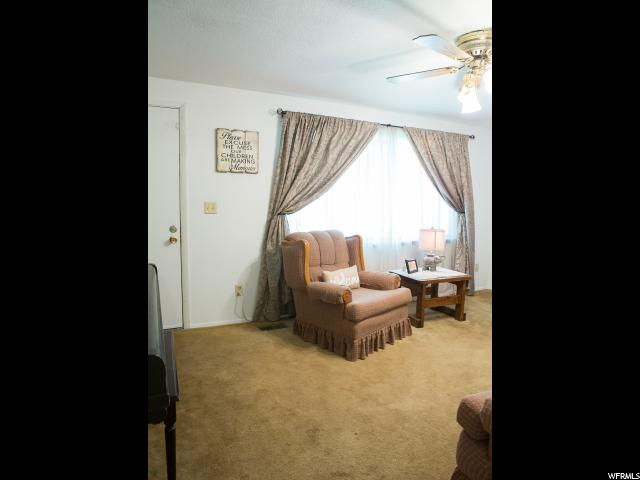 Additional photo for property listing at 310 S 400 W 310 S 400 W Richfield, 犹他州 84701 美国