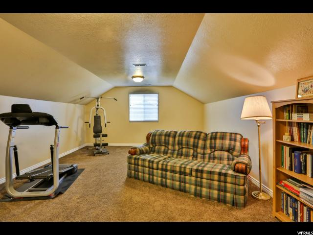 Additional photo for property listing at 2932 W 960 N 2932 W 960 N Clinton, Utah 84015 États-Unis