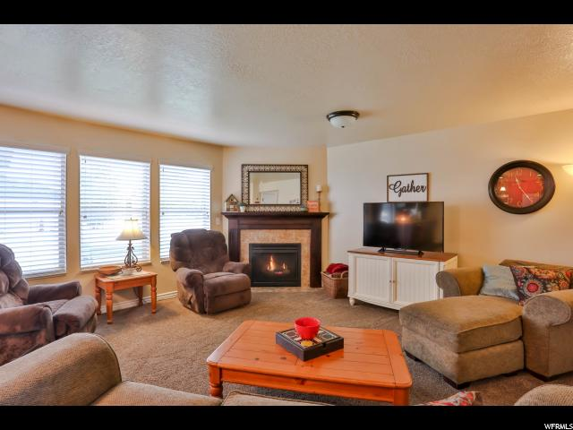 Additional photo for property listing at 2932 W 960 N 2932 W 960 N Clinton, Utah 84015 United States