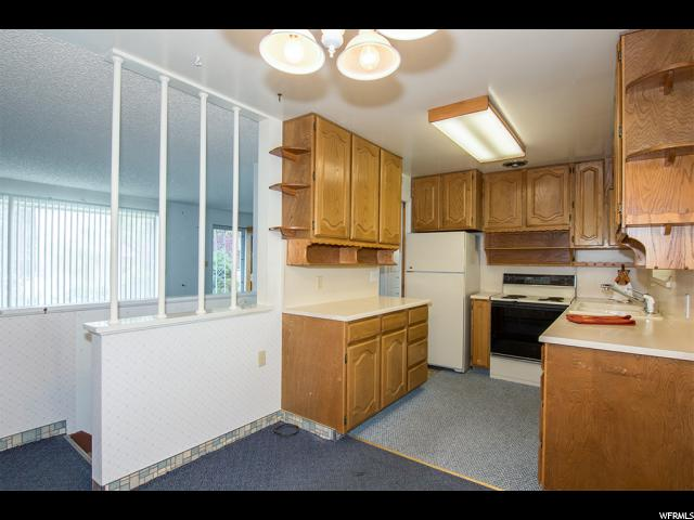 Additional photo for property listing at 3839 S 6620 W 3839 S 6620 W West Valley City, Utah 84128 États-Unis