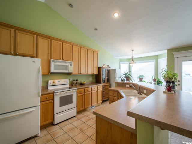 Additional photo for property listing at 5967 S LAUREL CANYON Drive 5967 S LAUREL CANYON Drive West Valley City, Юта 84118 Соединенные Штаты