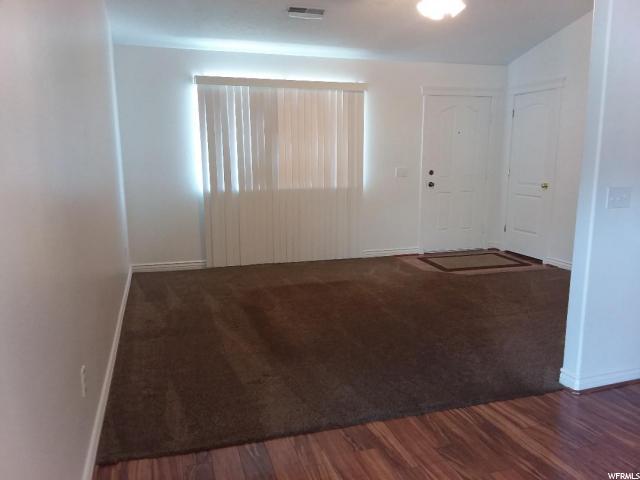 Additional photo for property listing at 556 E 700 N 556 E 700 N Ogden, Utah 84404 États-Unis
