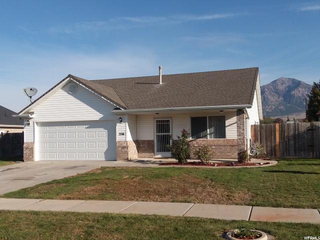 Unique la famille pour l Vente à 556 E 700 N 556 E 700 N Ogden, Utah 84404 États-Unis