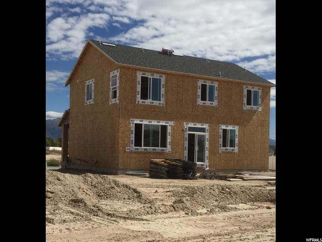 Additional photo for property listing at 2649 N 2830 W 2649 N 2830 W Unit: 51 Clinton, Utah 84015 États-Unis