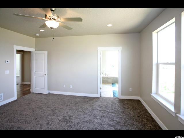 Additional photo for property listing at 1362 S 1450 W 1362 S 1450 W Unit: 8 Mapleton, Utah 84664 Estados Unidos