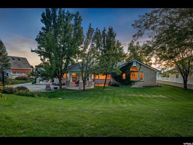 2096 N SUMMERWOOD DR Farmington, UT 84025 - MLS #: 1481558