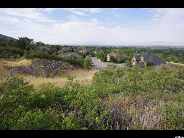 Additional photo for property listing at 372 N CANYON CREEK Circle 372 N CANYON CREEK Circle Layton, Utah 84040 États-Unis