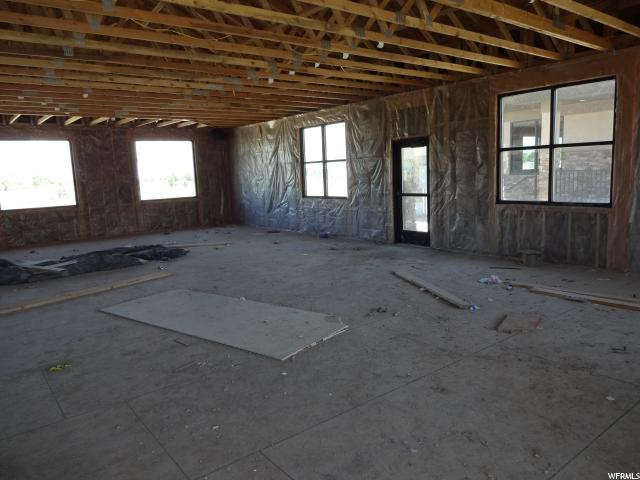 Additional photo for property listing at 755 S 1040 W 755 S 1040 W Payson, Юта 84651 Соединенные Штаты