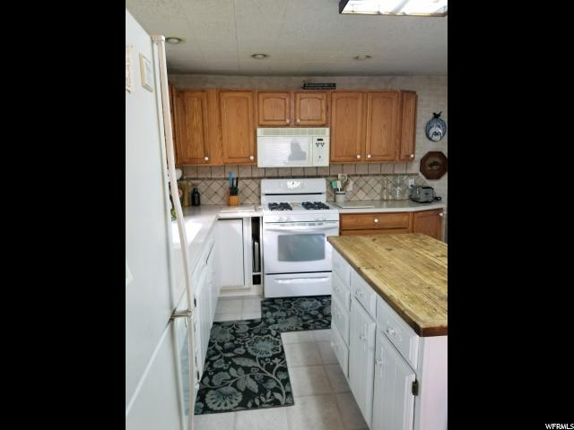 Additional photo for property listing at 647 N 200 W 647 N 200 W Bountiful, Юта 84010 Соединенные Штаты