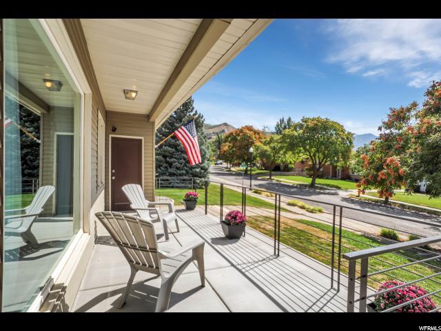 Один семья для того Продажа на 2369 E LOGAN WAY 2369 E LOGAN WAY Salt Lake City, Юта 84108 Соединенные Штаты