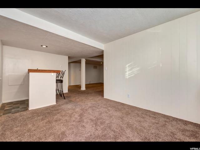 Additional photo for property listing at 2369 E LOGAN WAY 2369 E LOGAN WAY 盐湖城市, 犹他州 84108 美国