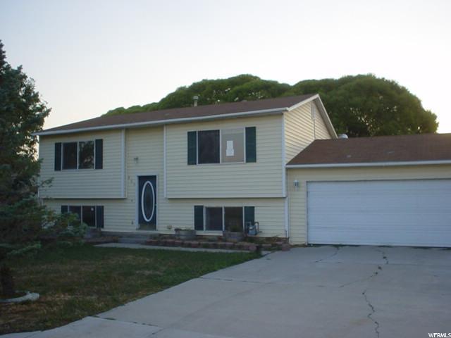 单亲家庭 为 销售 在 160 S 350 E Huntington, 犹他州 84528 美国