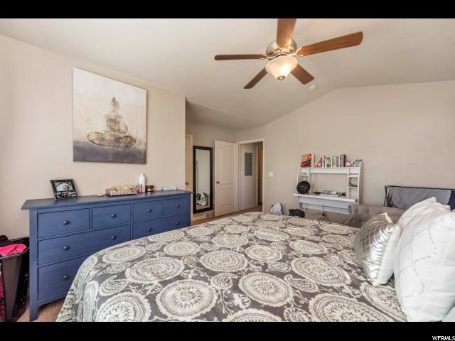 Additional photo for property listing at 1156 N WILTSHIRE Drive 1156 N WILTSHIRE Drive North Salt Lake, Utah 84054 Estados Unidos
