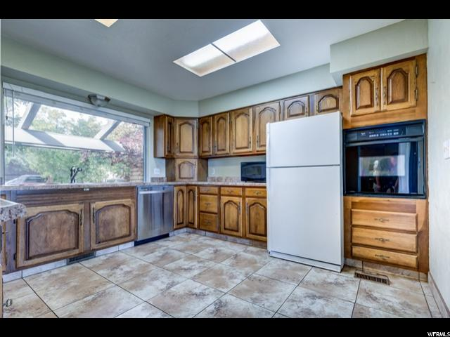 1187 S 850 Vernal, UT 84078 - MLS #: 1482005