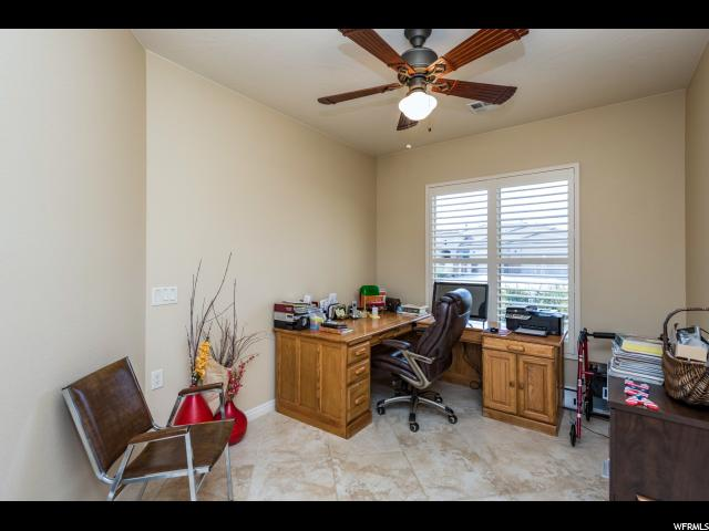 Additional photo for property listing at 4631 S WHISPER POINT Drive 4631 S WHISPER POINT Drive St. George, Utah 84790 États-Unis