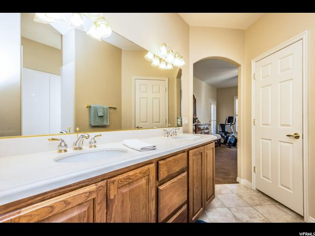 Additional photo for property listing at 4631 S WHISPER POINT Drive 4631 S WHISPER POINT Drive St. George, Utah 84790 United States