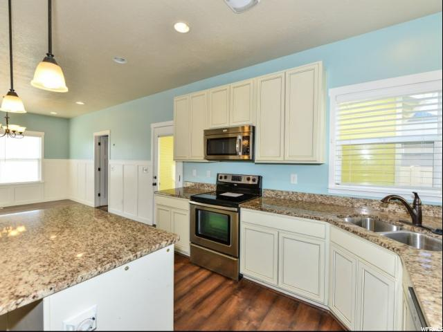 Additional photo for property listing at 4423 W MILLE LACS Drive 4423 W MILLE LACS Drive 南约旦, 犹他州 84009 美国