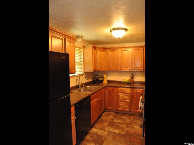 Additional photo for property listing at 277 W 750 N 277 W 750 N Clearfield, Utah 84015 United States