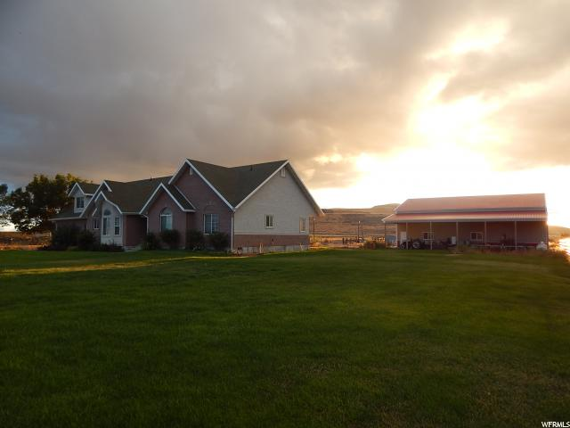 Additional photo for property listing at 7520 W 6400 N 7520 W 6400 N Tremonton, Utah 84337 Estados Unidos