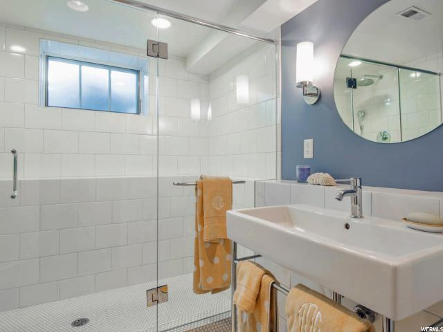 Additional photo for property listing at 1355 E PERRY Avenue 1355 E PERRY Avenue Salt Lake City, Юта 84103 Соединенные Штаты