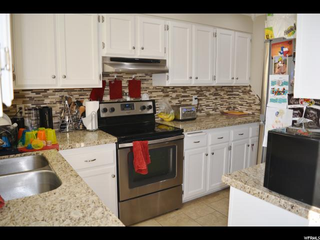 Additional photo for property listing at 252 N 500 WEST W 252 N 500 WEST W Clearfield, Юта 84015 Соединенные Штаты