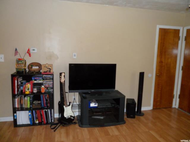 Additional photo for property listing at 7410 S 240 E 7410 S 240 E Midvale, Utah 84047 Estados Unidos
