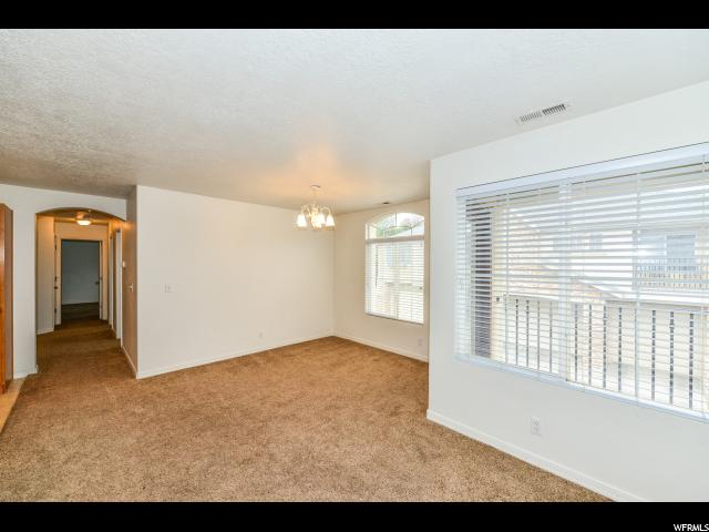 Additional photo for property listing at 6787 S HARBONNE Lane 6787 S HARBONNE Lane West Jordan, Utah 84084 États-Unis