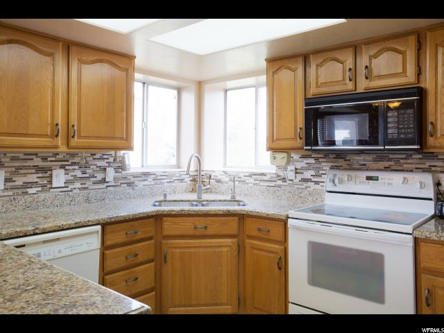 Additional photo for property listing at 1918 W GUARD Court 1918 W GUARD Court West Jordan, Utah 84088 États-Unis