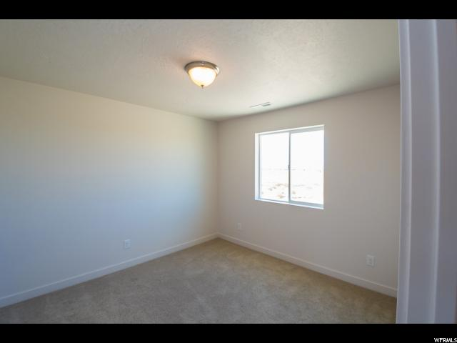 Additional photo for property listing at 2933 S YELLOW BILL Drive 2933 S YELLOW BILL Drive Unit: 108 Saratoga Springs, Utah 84045 United States