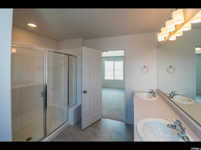 Additional photo for property listing at 2933 S YELLOW BILL Drive 2933 S YELLOW BILL Drive Unit: 108 Saratoga Springs, 犹他州 84045 美国