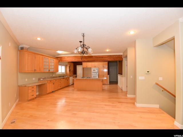 Additional photo for property listing at 1436 E VINE Street 1436 E VINE Street Salt Lake City, Utah 84121 Estados Unidos