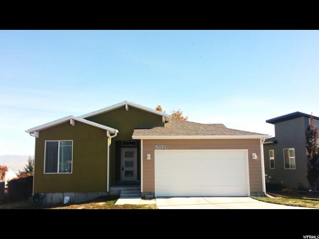 单亲家庭 为 销售 在 5073 W TERRA NOVA Circle 5073 W TERRA NOVA Circle Kearns, 犹他州 84118 美国