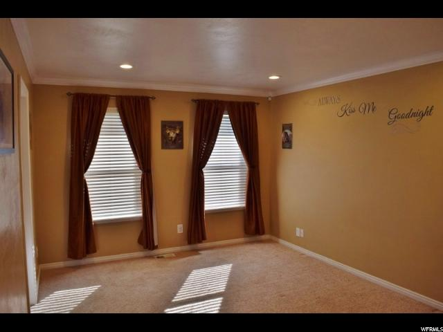 Additional photo for property listing at 855 S 100 E 855 S 100 E Wellington, Utah 84542 Estados Unidos