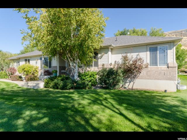 Single Family for Sale at 1616 N MAIN 1616 N MAIN Willard, Utah 84340 United States