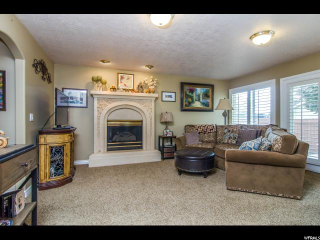 Additional photo for property listing at 6736 S BENECIA Drive 6736 S BENECIA Drive Cottonwood Heights, Utah 84121 Estados Unidos