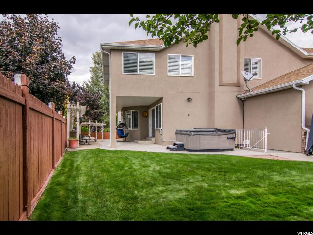Additional photo for property listing at 6736 S BENECIA Drive 6736 S BENECIA Drive Cottonwood Heights, Utah 84121 États-Unis