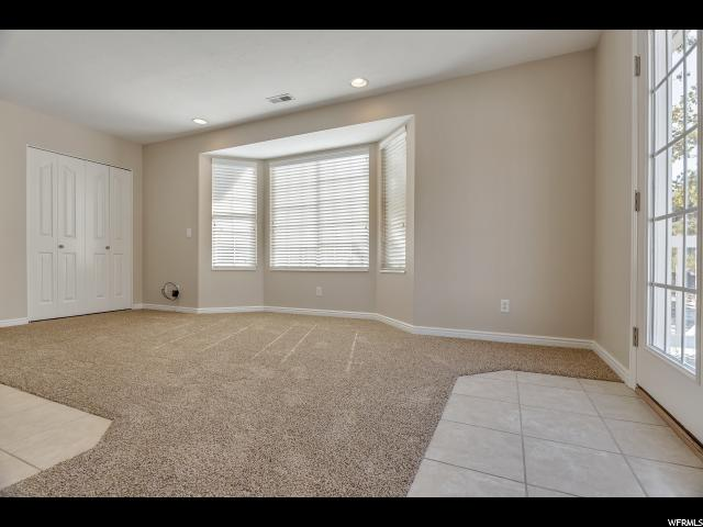 Additional photo for property listing at 1264 W COVE PARK Circle 1264 W COVE PARK Circle Murray, 犹他州 84123 美国