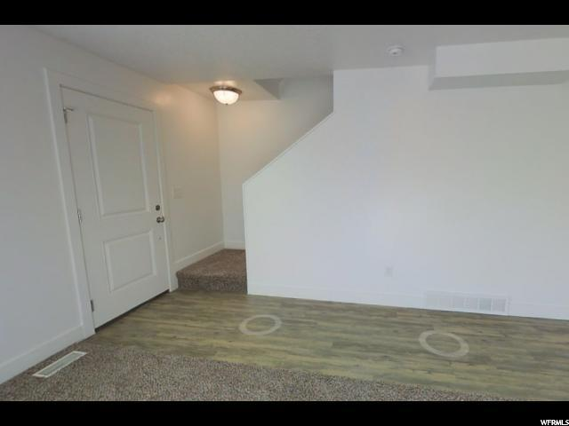 Additional photo for property listing at 14737 S RISING STAR WAY 14737 S RISING STAR WAY Unit: M1 Bluffdale, Utah 84065 Estados Unidos