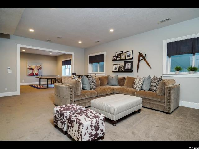 4802 W CROSSWATER RD Unit 150 South Jordan, UT 84009 - MLS #: 1483348