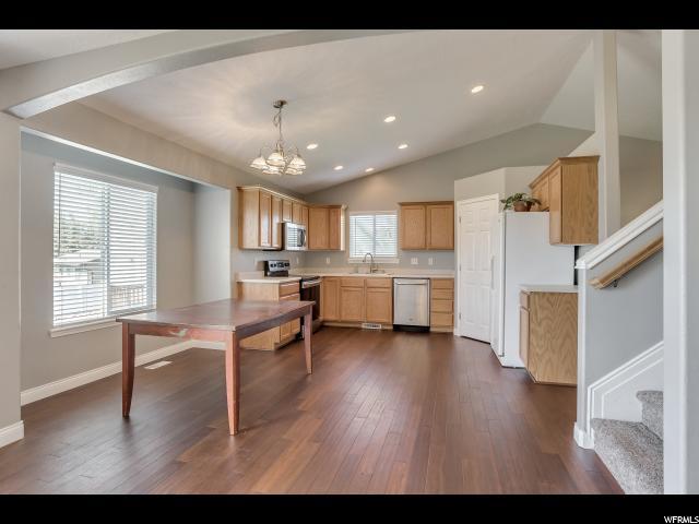 824 S APPLE GROVE LN Pleasant Grove, UT 84062 - MLS #: 1483358