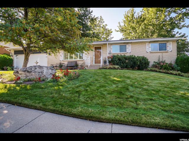 Один семья для того Продажа на 224 CASA LOMA Drive 224 CASA LOMA Drive Centerville, Юта 84014 Соединенные Штаты