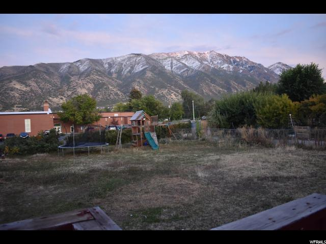 Additional photo for property listing at 55 S 100 E 55 S 100 E Santaquin, Utah 84655 États-Unis