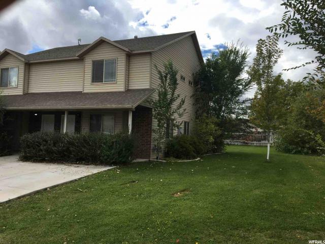 Casa unifamiliar adosada (Townhouse) por un Venta en 563 N 100 E 563 N 100 E Vernal, Utah 84078 Estados Unidos