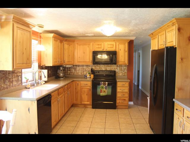 Additional photo for property listing at 1326 W MELANIE PLACE Lane 1326 W MELANIE PLACE Lane 西约旦, 犹他州 84088 美国