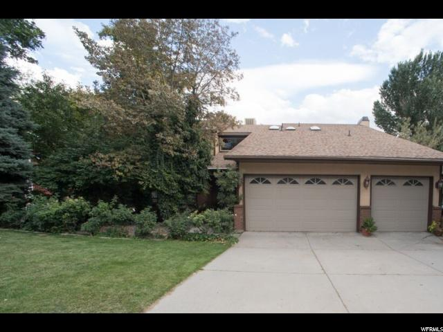 Один семья для того Продажа на 3452 E ENCHANTED HILLS Drive 3452 E ENCHANTED HILLS Drive Cottonwood Heights, Юта 84121 Соединенные Штаты