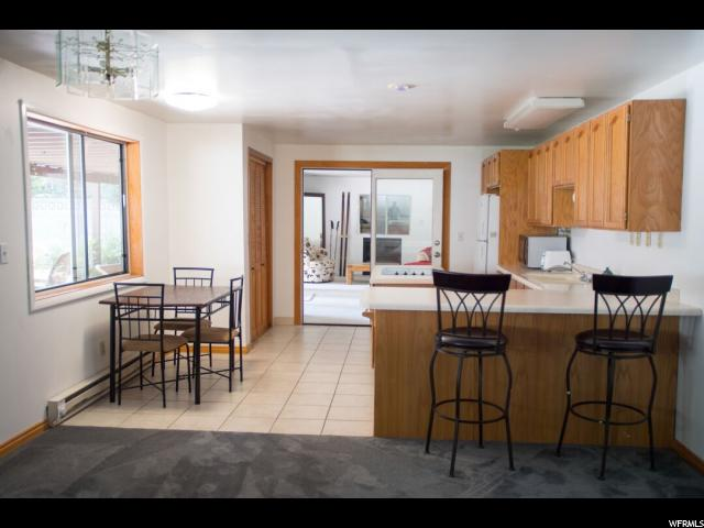 Additional photo for property listing at 3452 E ENCHANTED HILLS Drive 3452 E ENCHANTED HILLS Drive Cottonwood Heights, Utah 84121 États-Unis